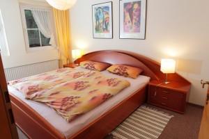 Whg. 1 - Schlafzimmer