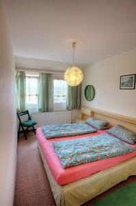 Whg. 3 - Schlafzimmer