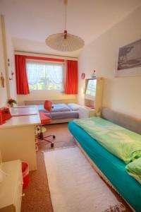 Whg. 4 - zweites Schlafzimmer