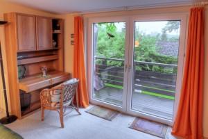 Whg 6 - Wohnzimmer mit Balkon